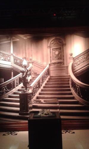 Slávne Veľké schodisko, ktoré nesmie chýbať v žiadnom dobrom článku o Titanicu